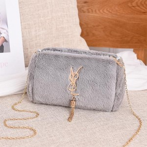 Tassel Plush Shoulder Chain One Piece Messenger Bag - Gray