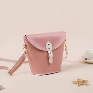 Elegant Rivet Bucket Fashion Wild Messenger Bags - Pink