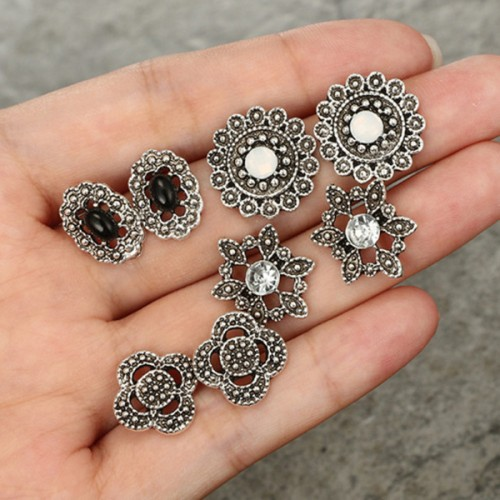 Bohemian Engraved Four Pieces Ear Tops Pairs