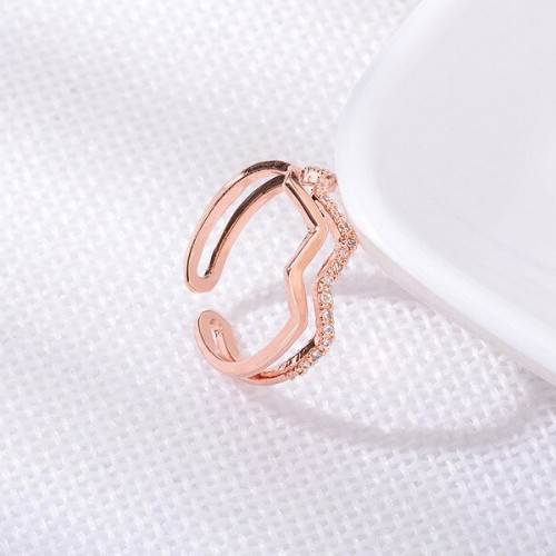 Wavy Trendy Party Wear Ring - Rose Golden