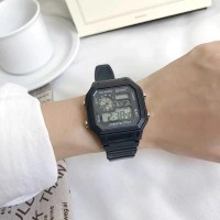 Classic Digital Display Electronic Watch - Black