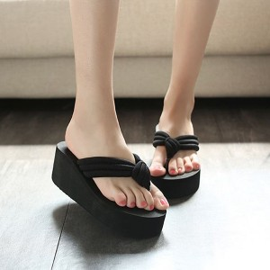 Thick Bottom Cross Strap Casual Female Sandals - Black