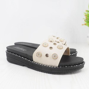 Bohemian Decorative Rubber Flat Sole Female Sandals - White