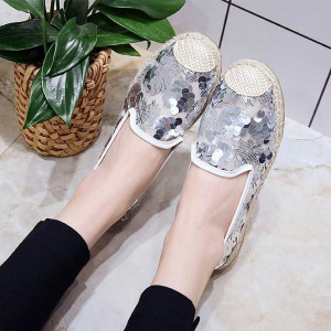Embroidery and Lace Pattern Casual Female Flats - Silver