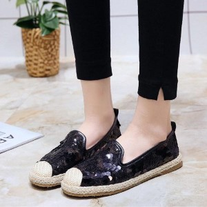 Embroidery and Lace Pattern Casual Female Flats - Black