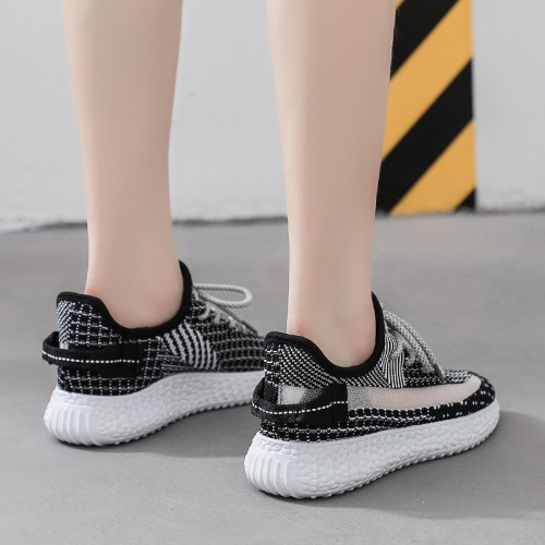 Breathable Flying Woven Straps Flat Women Sneakers - Black