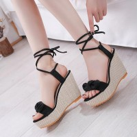 Bow Pattern Hollow Heel - Black