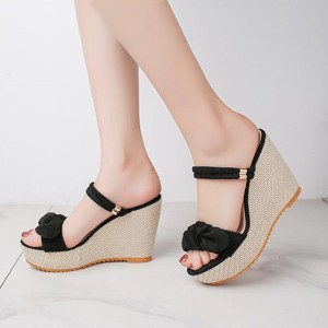 Stripes Closer Bow Pattern Hollow Heel - Black