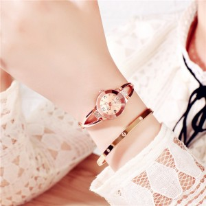 Crystal Decorated Bracelet Analogue Wrist Watch - Golden